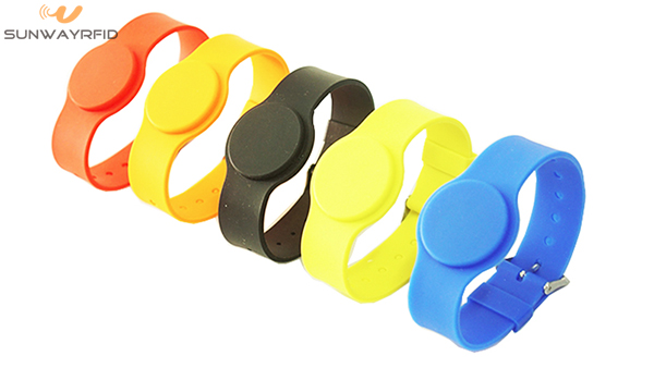 Adjustable RFID/NFC silicone wristband with customer logo printing