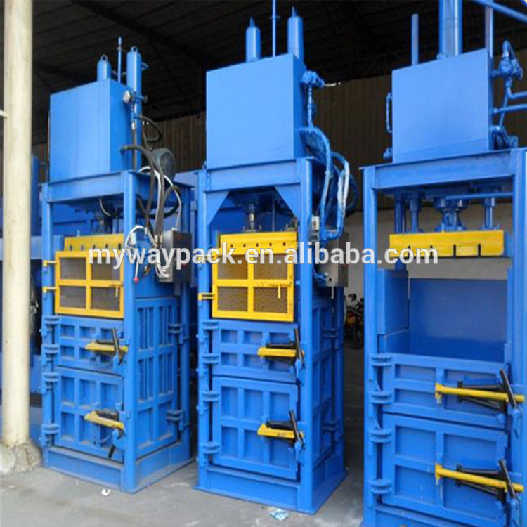 Baling baler machine