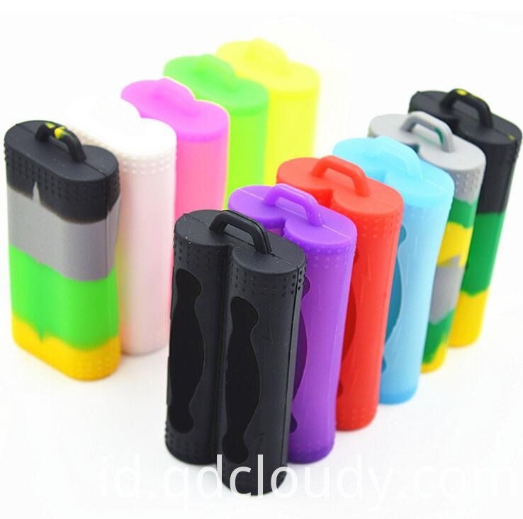 OEM two silicone rechargeable battery case
