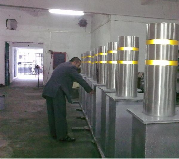 K4 Rising Bollard System Factory View