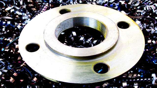 Carbon Steel Flanges Manufacturing by NC Lathes