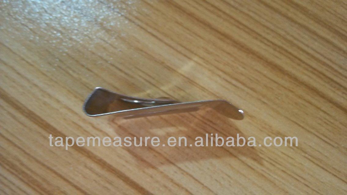 Maßgeschneiderter Gürtelclip aus Metall für Maßband