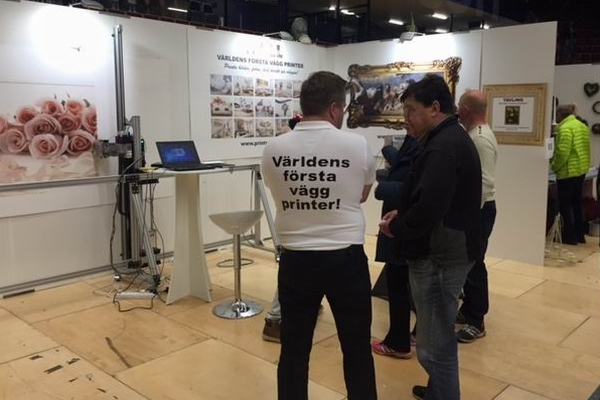 Wall printer show in Sweden