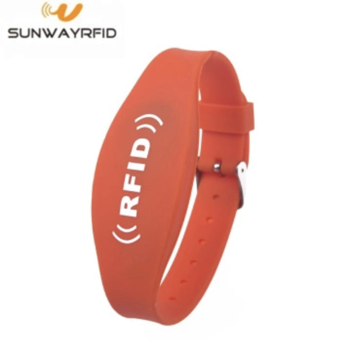 3.5-6 Meter Long reading Range UHF RFID Silicone wristband