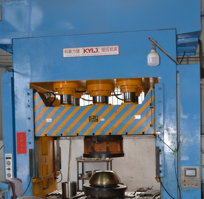 1000Tons Hydraulic Press