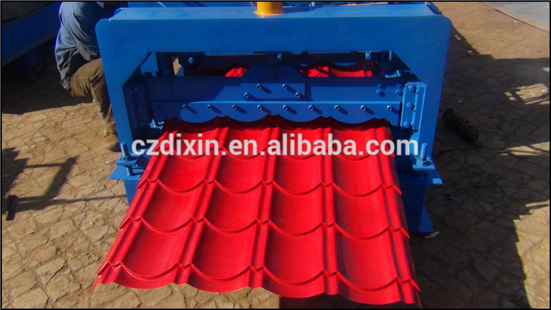 Colored Dixin low cost high quality 840 glazed tile roll forming machine