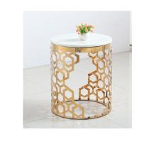 Mesa auxiliar tallada en oro hueco de acero inoxidable