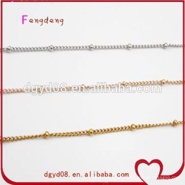 chaînes d'or des hommes