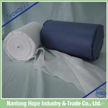 El rollo de gasa de algodón 100% en embalaje de seguridad, bien protegido contra la humedad