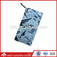 Маленькая сумка из микрофибры для солнцезащитных очков и очков
