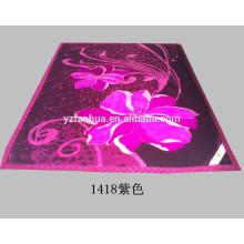 Flor púrpura caliente suave del poliester impresa Raschel visón cama tiro