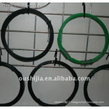 clothes hangers plastic-coated wire