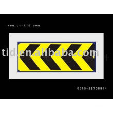 Reflective construction traffic sign