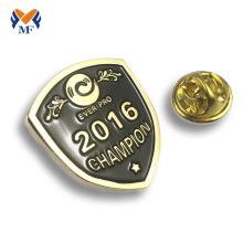 Regalos de recuerdo de insignia de pin escolar de aleación de zinc