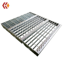 Hot dipped galvanized non-slip nosing Stair treads for staircase