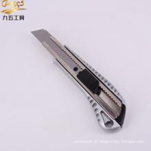 faca utilitária com trava deslizante e lâmina removível