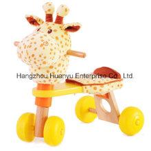Bicicleta de madeira da fonte da fábrica com cabeça do Giraffe