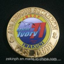 Moneda de metal personalizada promocional con la etiqueta engomada del centro