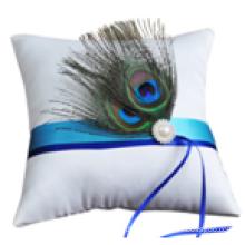 Penas de pavão de cauda Almofada de cetim Almofada de pérolas com pérolas de casamento