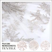Fabriqué en Chine en gros nouveau polyester broderie français dentelle