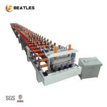 Máquina formadora de rolos para deck de metal