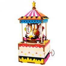 Caixa de música personalizada de madeira do Natal do carrossel do bebê das meninas da marca do FQ