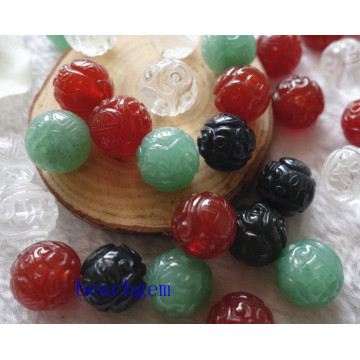 Bijoux naturels pièces précieuses sculpté perles