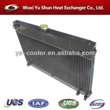 Fabricante de radiador de aluminio auto-tanque personalizado