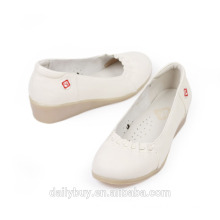 hospital white leather low heel soft sole medical shoes for women