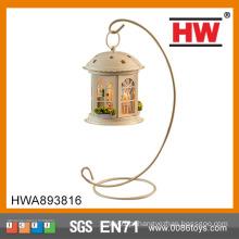 Venda quente artesanato de madeira da casa do brinquedo com bateria leve incluída