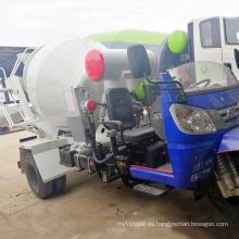Camión cisterna pequeño de hormigón de 6 cbm.