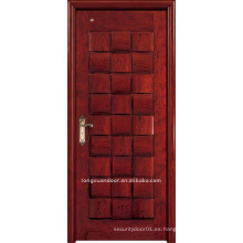 Puerta de madera sólida. Puerta de pintura de madera. Puerta interior