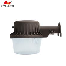 Luz del granero de 50W LED, luz de inundación más brillante de la seguridad de 5000Lm Alibaba, fotocélula Crepúsculo al amanecer IP65 montaje al aire libre de la pared Granja de noche