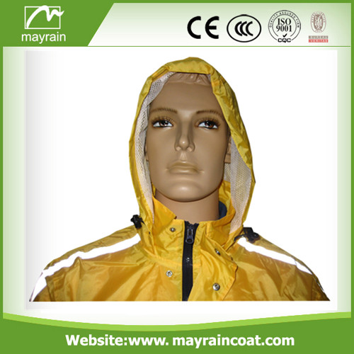 Men Polyester with Waterproof Coating Raincoat