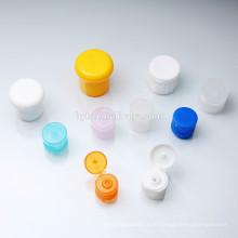 Farbige Flip-Top-Kappe unterschiedlicher Größe