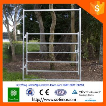 heavy galvanized cattle hurdle fence