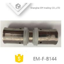 EM-F-B144 Conector de diámetro igual, doble paso, junta pex al pex al tubo