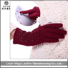 Los vendedores más vendidos invierno laminado Fleece pantalla táctil guantes fabricante en hebei