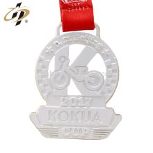 En gros pas cher en alliage de zinc personnalisé mat argent médaille de sport en métal