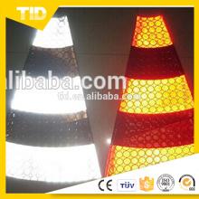 Colar em cone refletivo em PVC