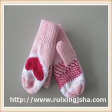 lovely mini children heart pattern gloves