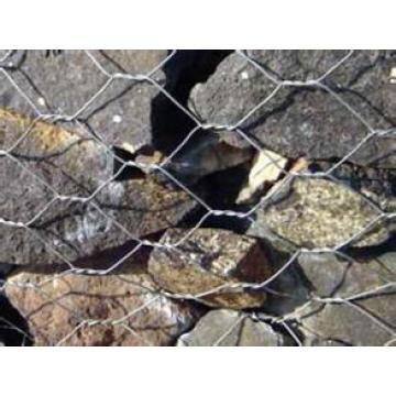 Шестигранная габионная сетка для речной стены
