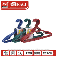 Recycled plastic clothes hangers (10 pcs)