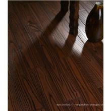 Plancher de bois franc préfini en teck chinois (robinier)