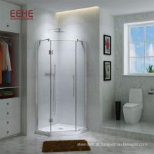 Cabine de banho de luxo com vidro fosco e acessórios