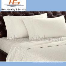 Tipos lisos brancos do hotel da alta qualidade de fronha
