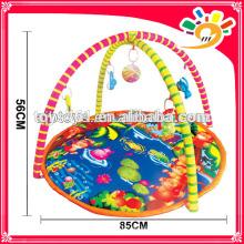 Kleine handgemachte Teppiche für Baby tun Turnhalle