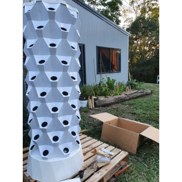 low cost greenhouse vertical tower