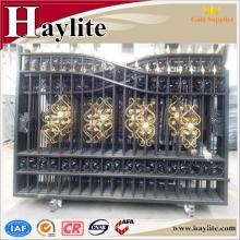 différents types de conceptions de grille de porte de tuyau de fer
