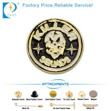 Emblema feito sob encomenda do Pin do esmalte do revestimento 3D do ouro no logotipo do assassino